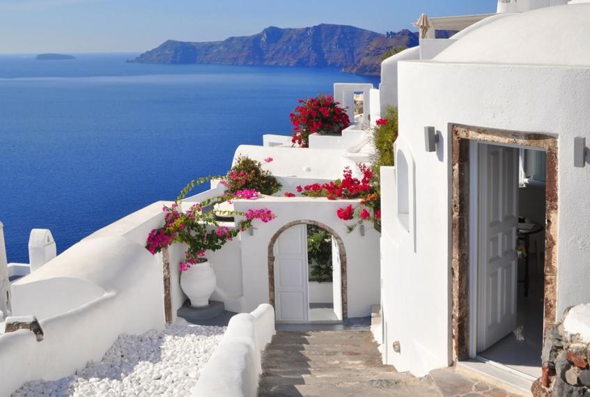 Bongi Travel: la migliore selezione di appartamenti a Santorini!