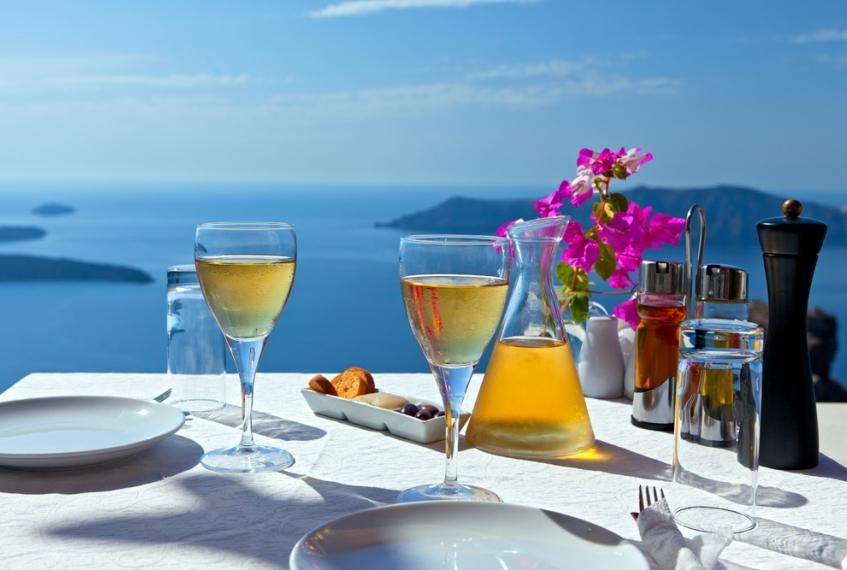 Santorini: santo wine