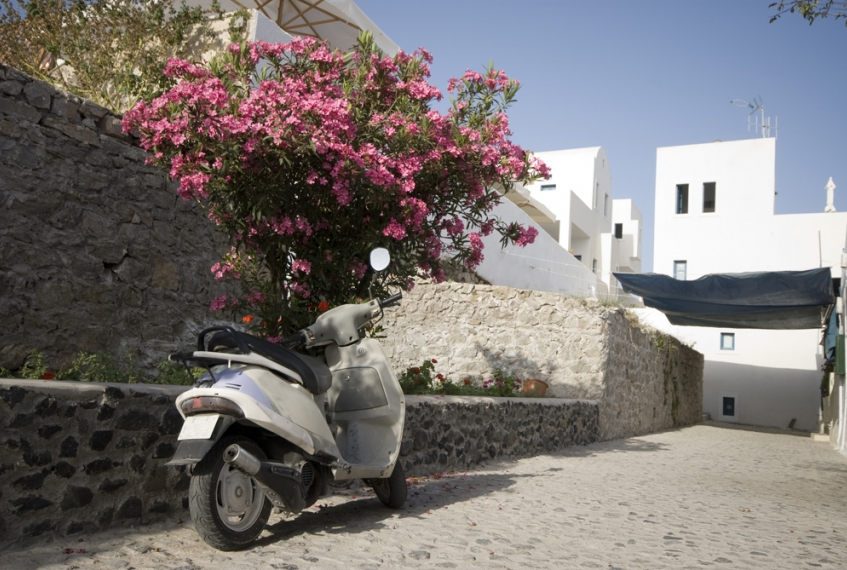 Vacanze a Santorini: informazioni su come spostarsi sull'isola