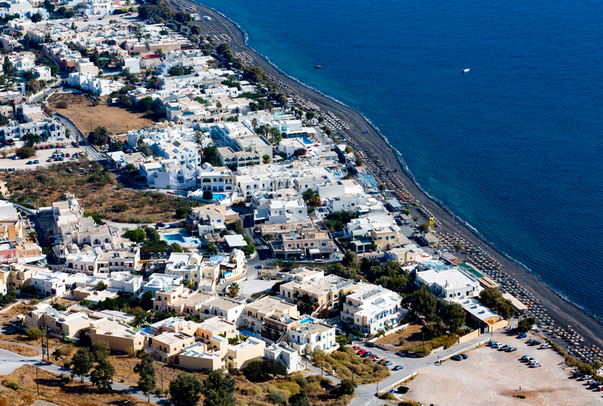 Dove dormire a Santorini: Kamari | Bongi Travel